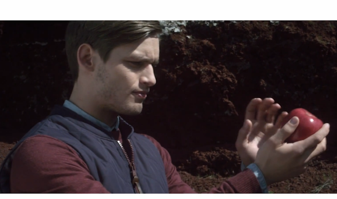 Samsung's new Icelandic anti-Apple commercial is a bit… Bizarre